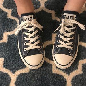 Converse Ladies Size 8.5